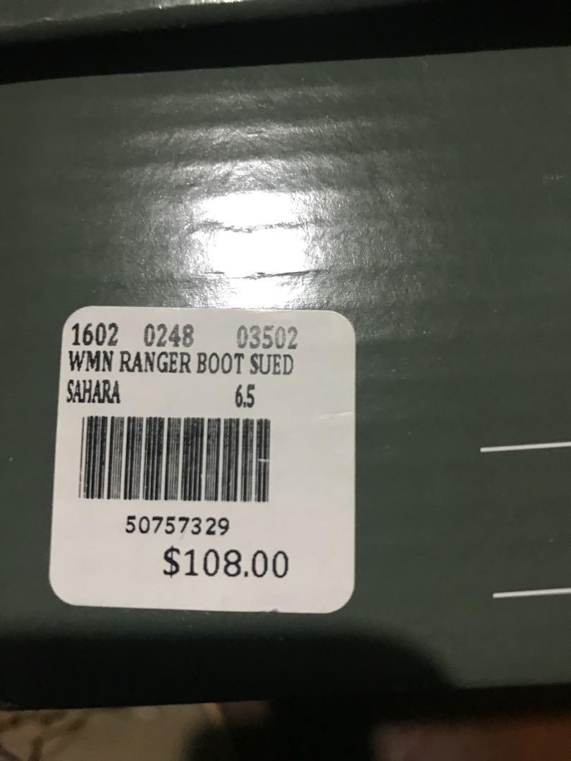 BNIB ROOTS SUEDE CHUKKA BOOT