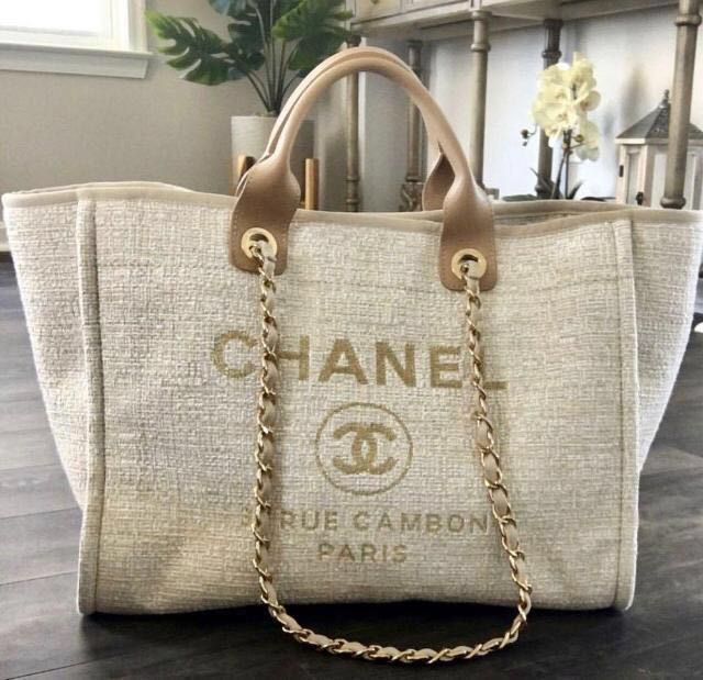 2a0d2888e02a Chanel Deauville Tote, Luxury, Bags & Wallets, Handbags on Carousell