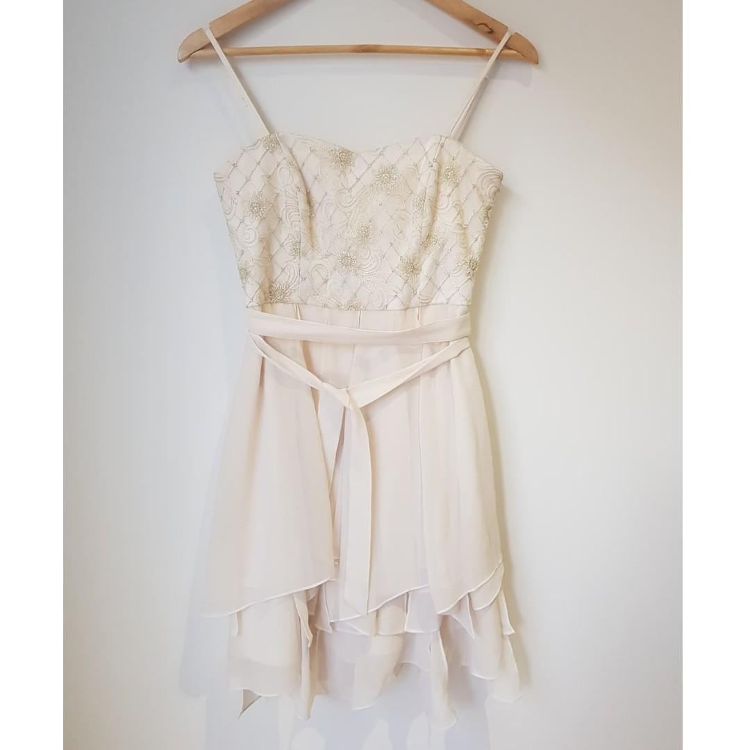 FOREVER NEW Cream Embroidered Chiffon Cocktail Dress