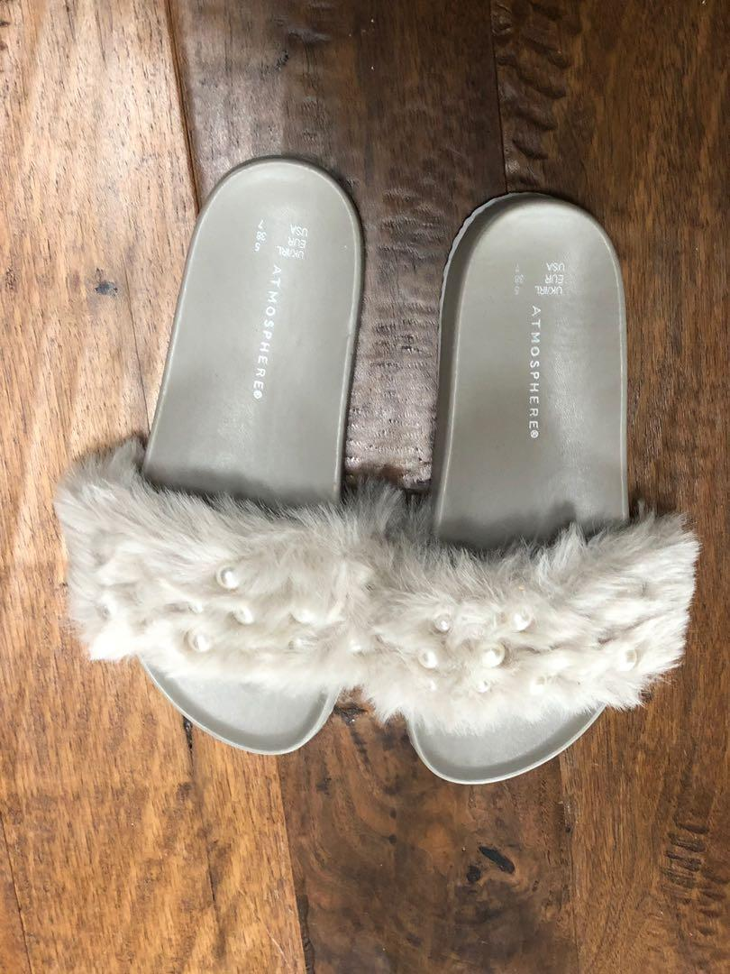 Grey furry slides with pearl detail. Size 7. Brand new.