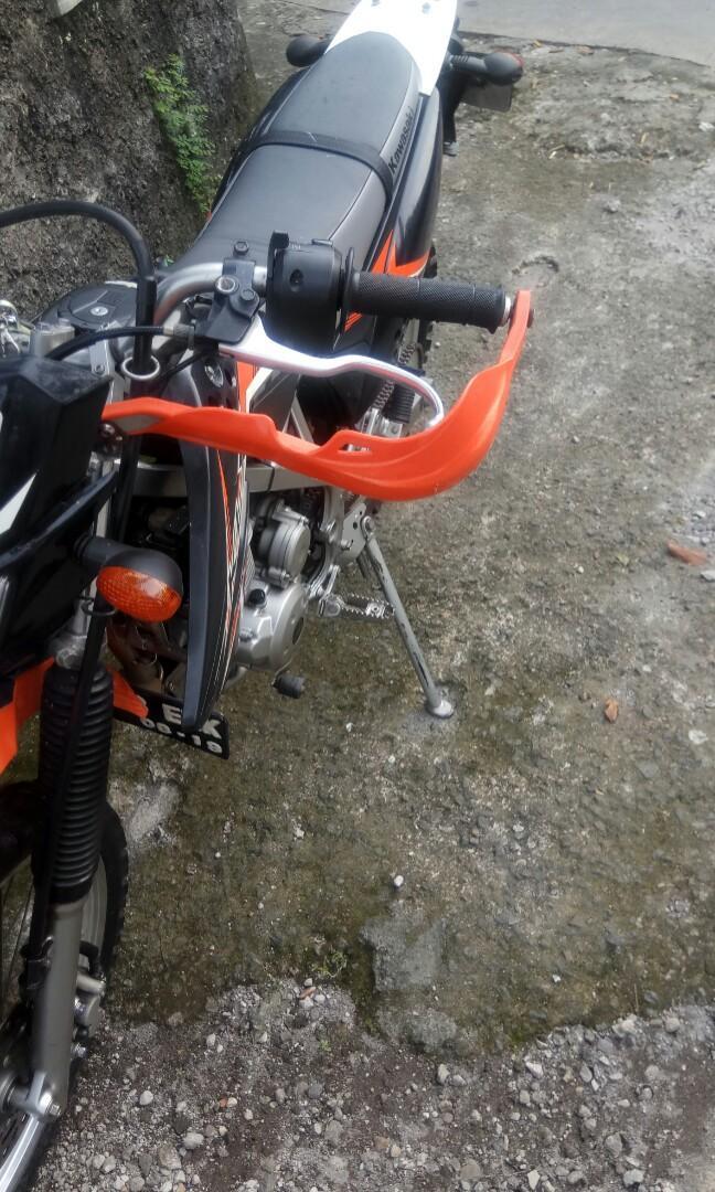 Kawasaki LX 150
