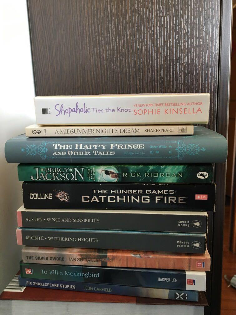 Novel books 90-100% New