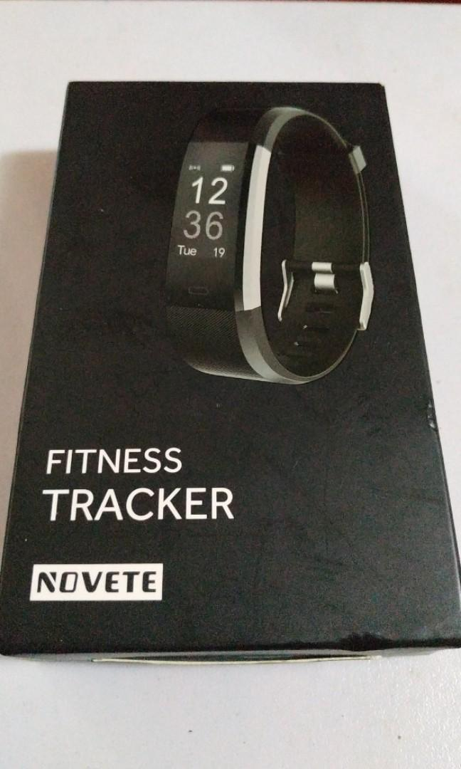 Novete Fitness Tracker ( Black )