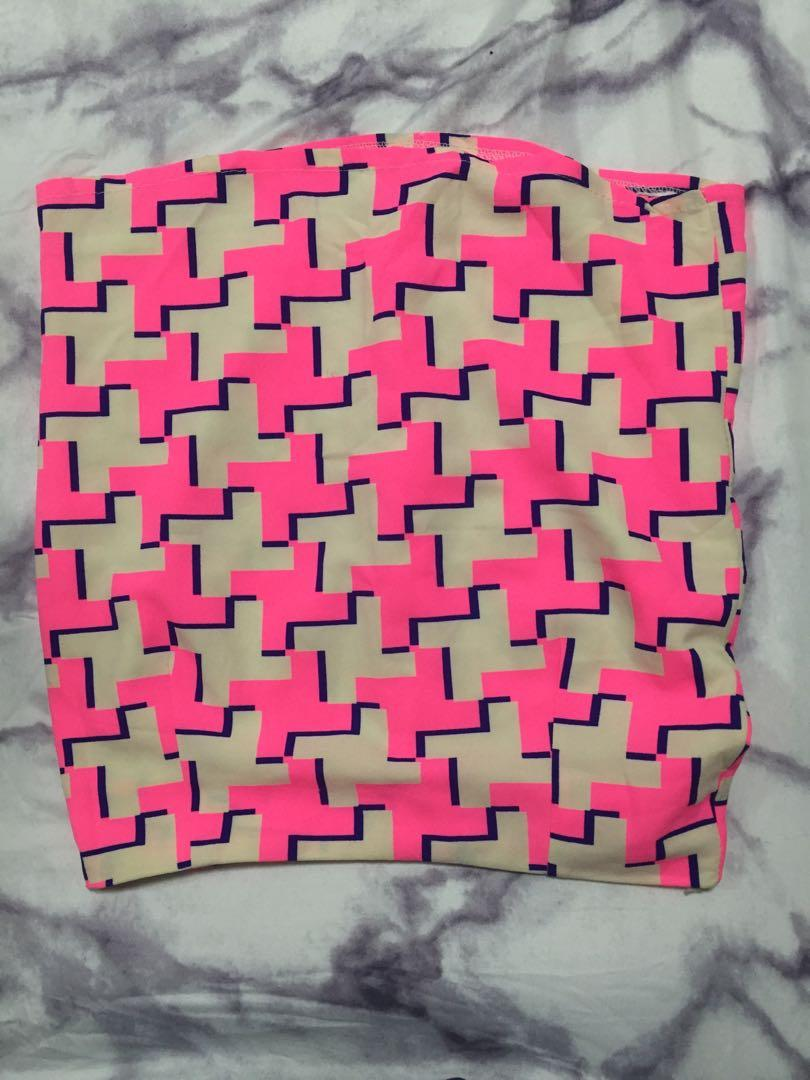 Pink skirt with designs