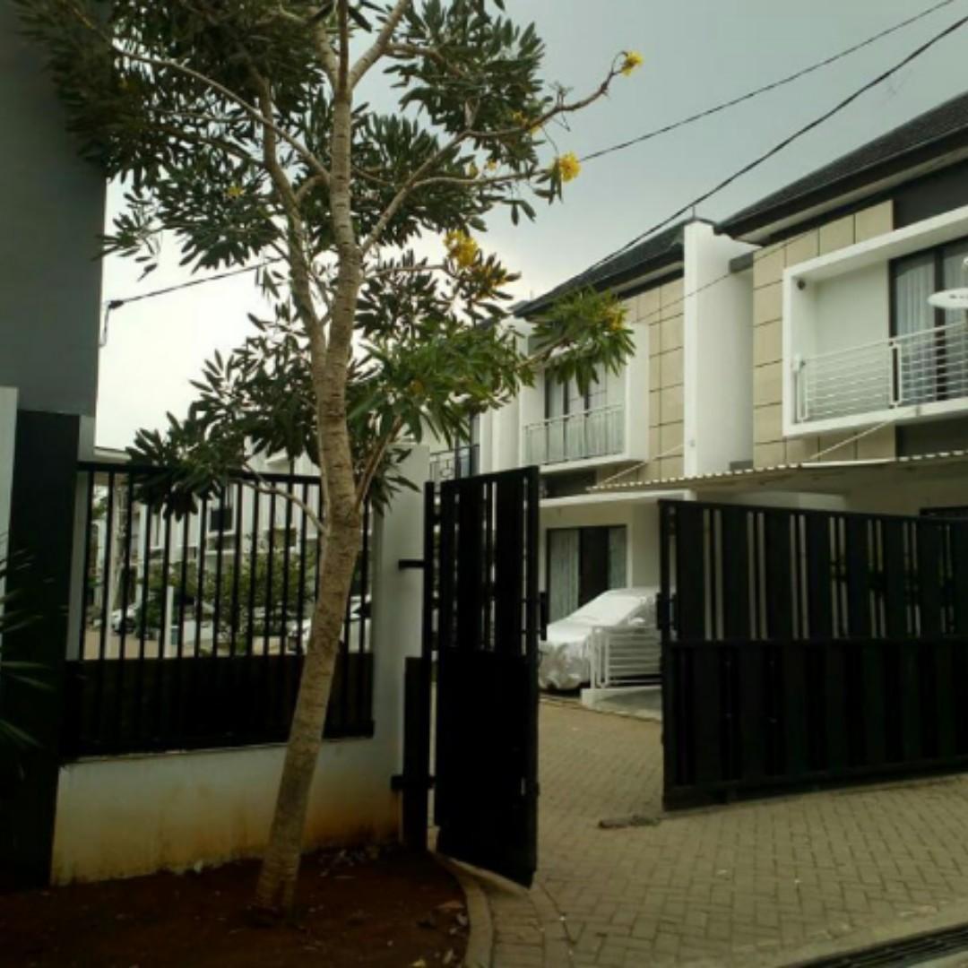 Rumah Cluster Siap Huni 2 lantai dalam Cluster Oasis at Bintrao Hanya tinggal 1 Unit. BURUANN SURVAI