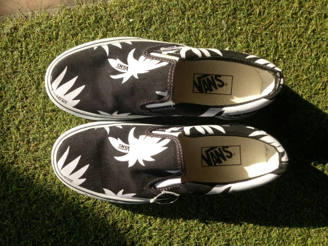 Sepatu Vans