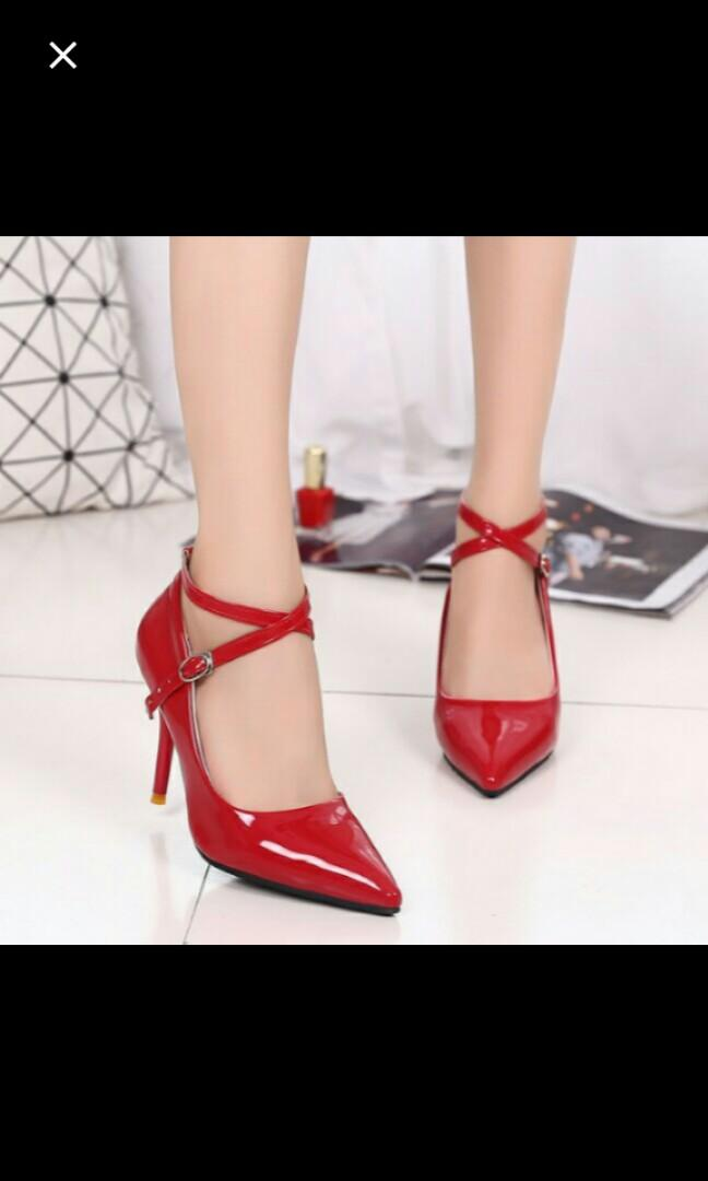 (NO INSTOCKS!)Preorder criss cross pointed High Heels shoes * waiting time 15 days after payment is made * chat to buy to order