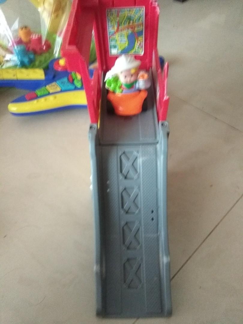 Toodler set of toys