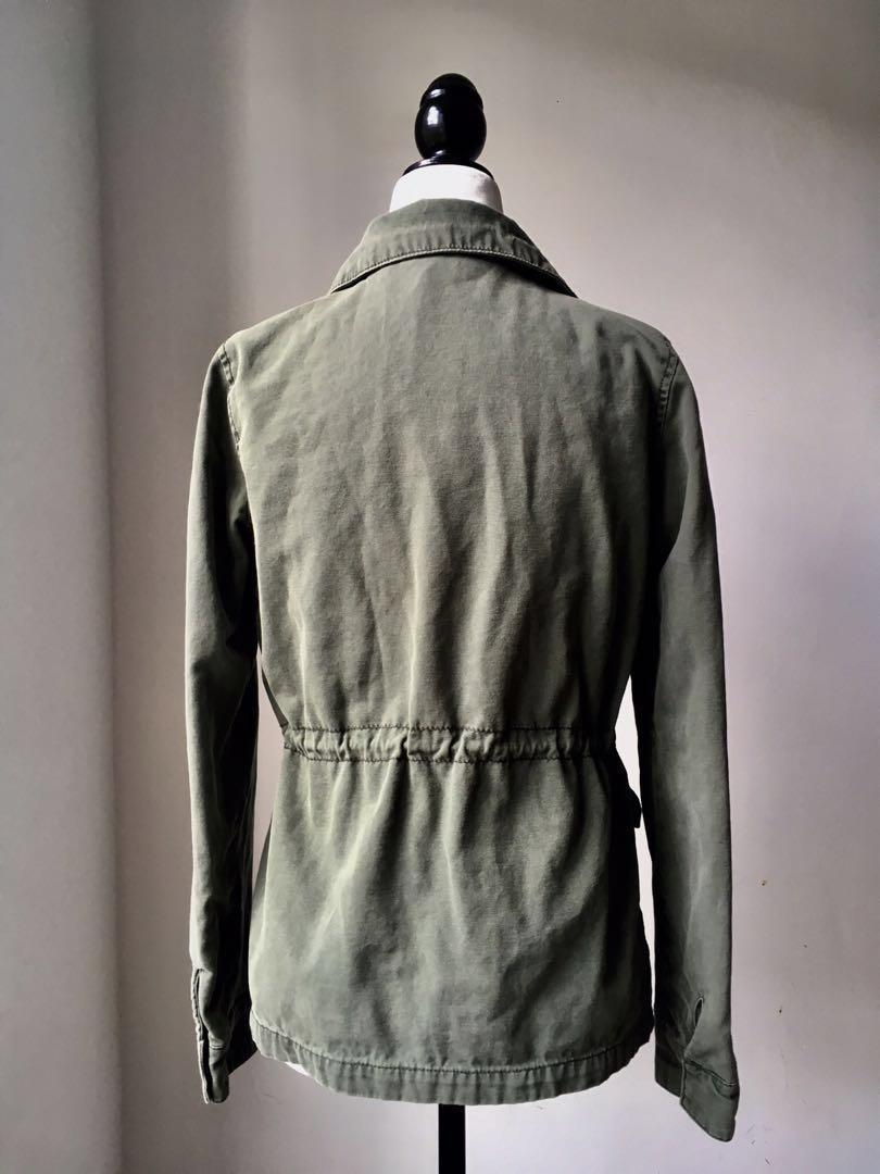 Urban Outfitters army green jacket adjustable with pockets