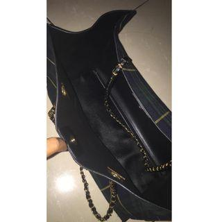 (Preloved) Berrybenka Hyca Octarina Tartan with Chain Strap Shoulder Bag Green
