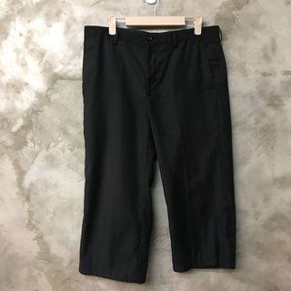 🚚 Net 短版黑色西裝褲7-8分 尺寸33 有褪色 便宜賣 腰寬44 臀寬52 全長77 男女皆可
