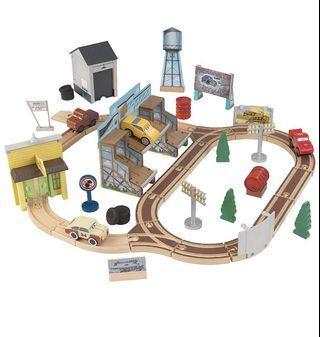 KidKraft wooden train track set Disney Pixar Cars3