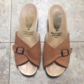 Worishofer women's 251 sandal Size 9
