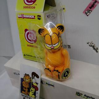 Garfield Cute cat Bearbrick Series 36 figure (original/ sealed)