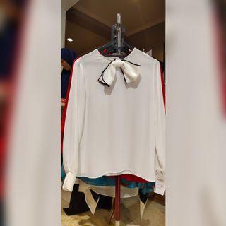 Zara Full tag white lng sleeve blouse