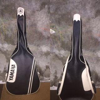 Softcase Acoustic Guitar
