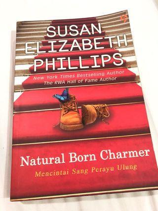 Natural Born Charmer BUKU NOVEL