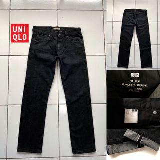 Uniqlo Slim Fit kepala kain