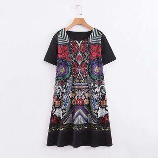 European and American wind totem flower print offset short-sleeved ruffle dress