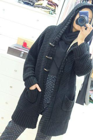 Winter knitted hooded long jacket