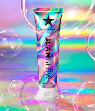 New GLAMGLOW Cleanser