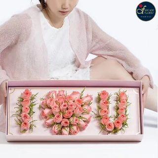 Multi-Stalk🌹🌹🌹Roses🌹🌹🌹shaped as (I ❤️ U) in a Box (Fresh Flower Bouquet) | Rose Flower | Flower Bouquet | Flower | Flowers | Fresh Flower | Rose | Roses | Valentine's Day | 情人节