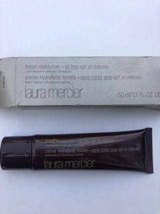 Tinted moisturiser oil free spf20 uvb/uva