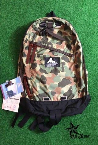 Authentic Gregory Daypack 26L NEW OLD STOCK World War 3 Camo aka Camo Duckhunter