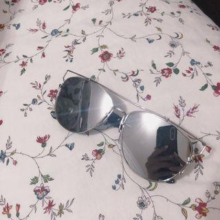 BUY 1 GET 1 FREE Dior inspired reflective shades