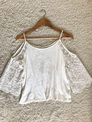 BERSHKA Cold-Shoulder Lace