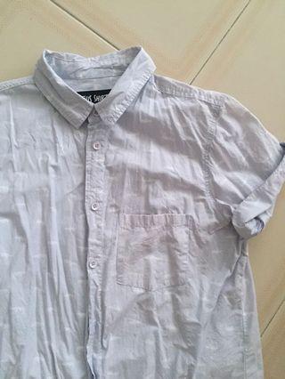 Button down short sleeves shirt, light blue gray