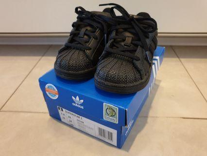 🚚 Adidas Superstar Baby Shoes