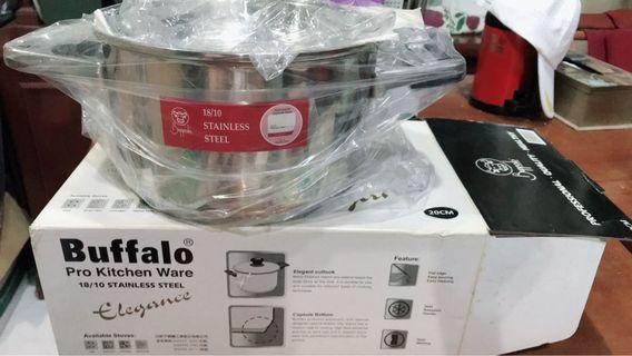 🚚 用過一次/牛頭牌不鏽鋼18/10快煮耐熱保溫湯鍋,直徑20公分。適合瓦斯爐,電爐,電磁爐,陶磁爐。賣500
