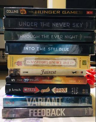 Selling pre loved books (P100 each!)
