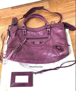 🚚 Leather Biker's Bag