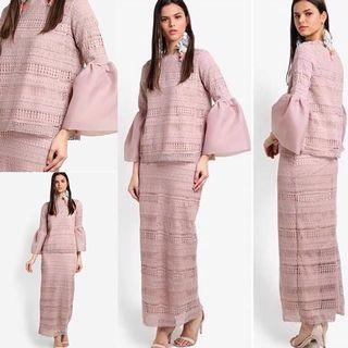 LUBNA LACE WITH ORGANZA KURUNG SIZE XL $55