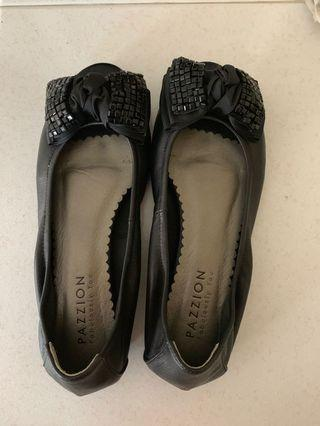 Pazzion peep-toes flats size 39