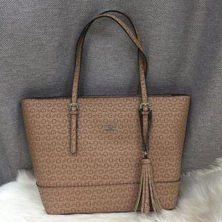 Authentic Guess signature in brown colour
