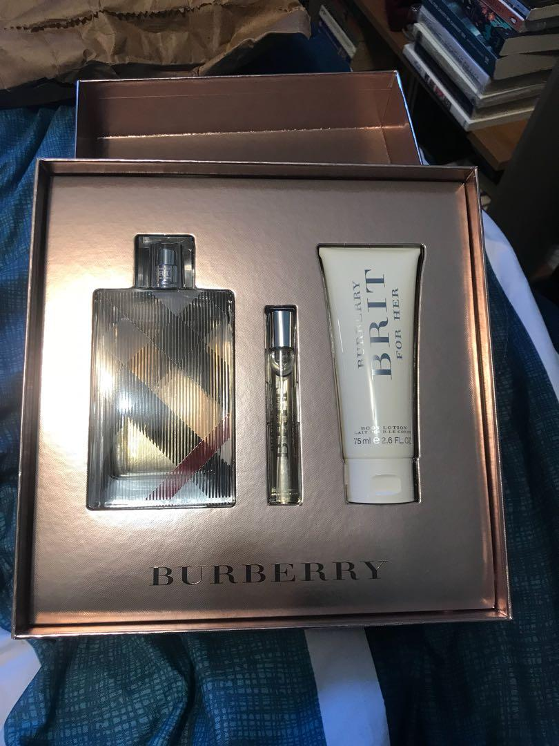 100ml Burberry Brit for her fragrance set