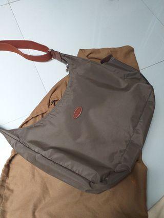 Lonchamp sling bag