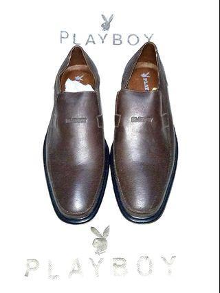 Play boy shoes