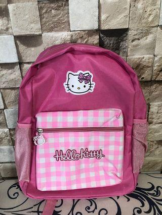 🚚 Hello Kitty backpack
