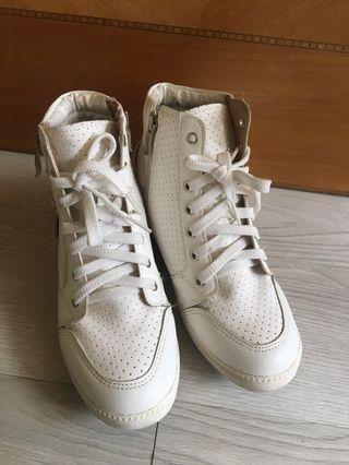 White high cut wedge shoes 內增高波鞋