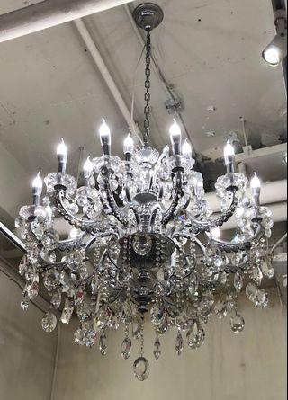 水晶吊燈12+6直徑105 cm高80 cm