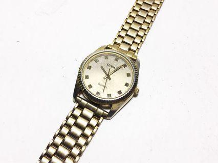 🚚 經典 HOBOB quartz 品牌石英錶 貴氣復古金色 中性 男女皆宜腕錶 正常行走 文青古著 CASIO 可參考