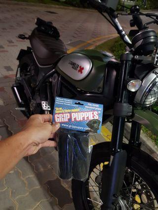 Grip Puppies UV Foam handgrip Installed On Ducati Scrambler on 14/5/19