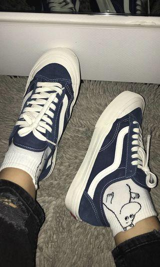 LIMITED EDITION AUTHENTIC VANS old skool in blue