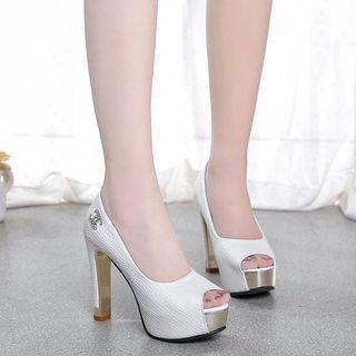 Heels platform