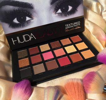 HUDA BEAUTY ROSE GOLD EDITION