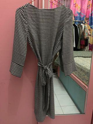 Monochrome dress h&m